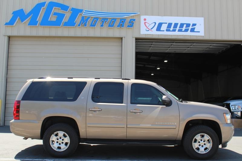 Chevrolet Suburban 2007 price $6,995