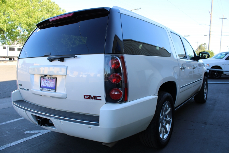 GMC Yukon XL 2012 price $10,995