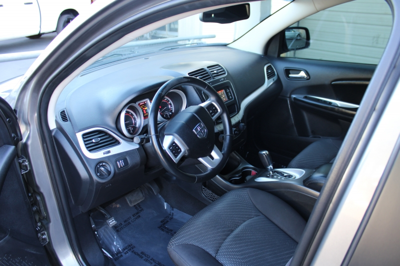 Dodge Journey 2013 price $9,495