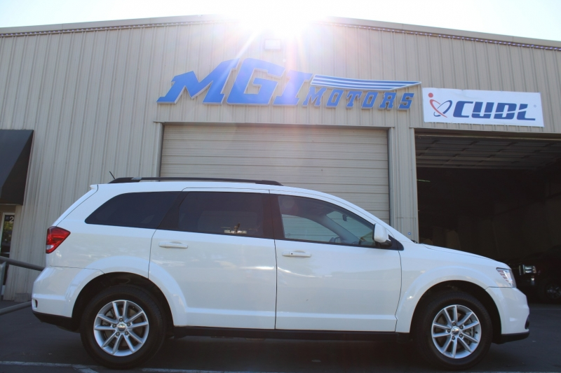 Dodge Journey 2014 price $9,995