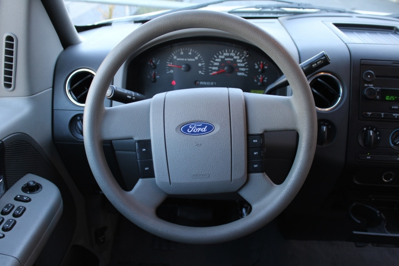 Ford F-150 2004 price $11,995