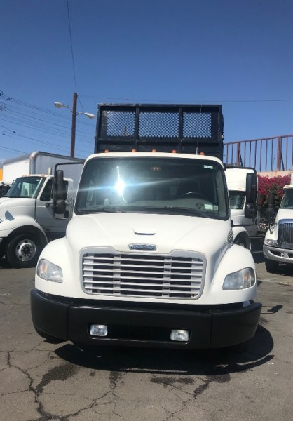 Freightliner BUSINESS M2 106 2012 price $34,500