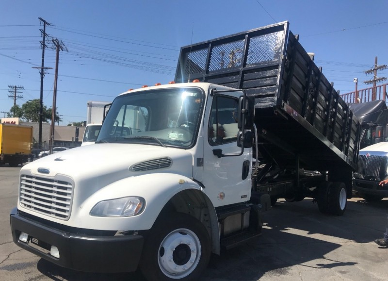 Freightliner BUSINESS M2 106 2012 price $42,000