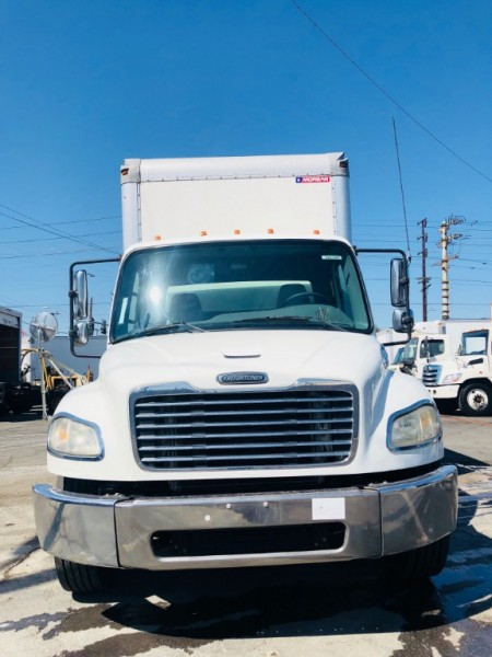 Freightliner BUSINESS CLASS M2 2009 price $25,000