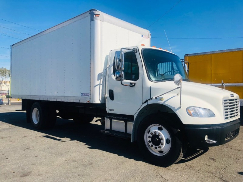Freightliner BUSINESS CLASS M2 106 2011 price $25,500