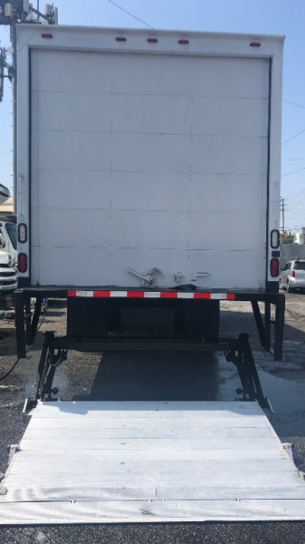 Freightliner Business Class M2 2015 price $37,000