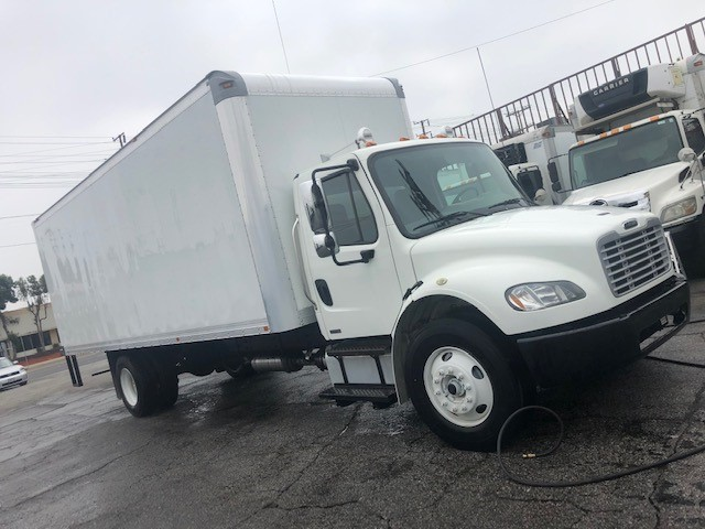 Freightliner Business Class M2 2012 price $34,900