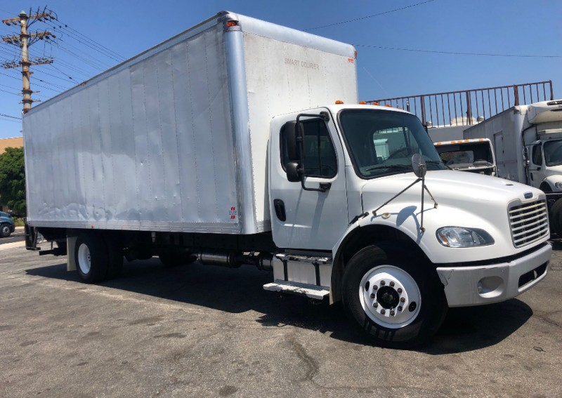 Freightliner Business Class M2 2013 price $33,000