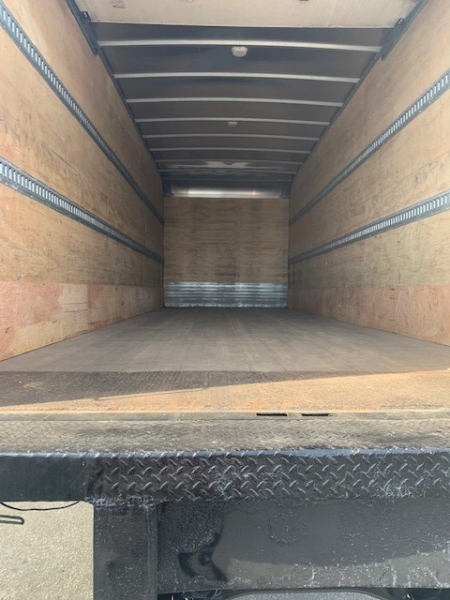 Freightliner Business Class M2 2014 price 30500