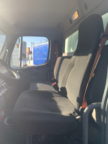 Freightliner Business Class M2 2012 price $32,000