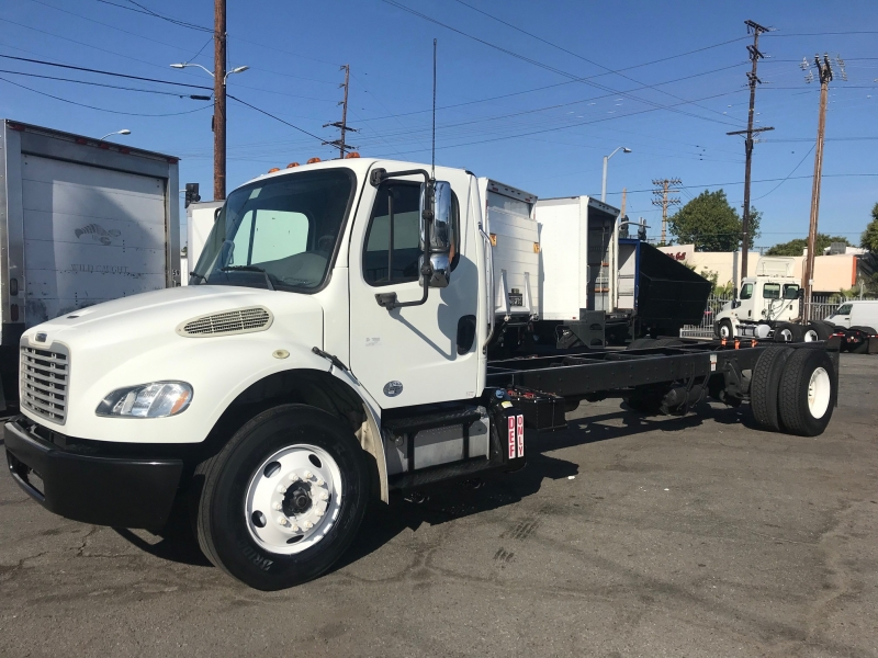 Freightliner BUSINESS CLASS M2 106 2013 price $29,900