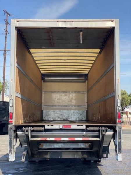 Freightliner M2 106 2017 price $0