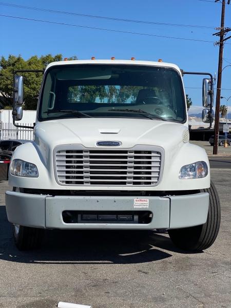 Freightliner M2 106 2013 price $0