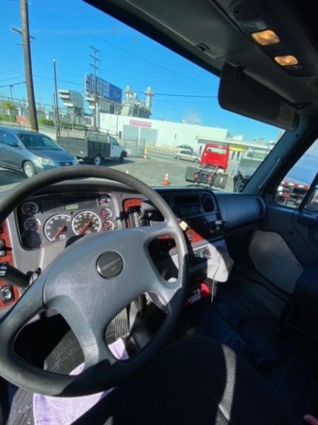 Freightliner M2 106 2013 price $29,900