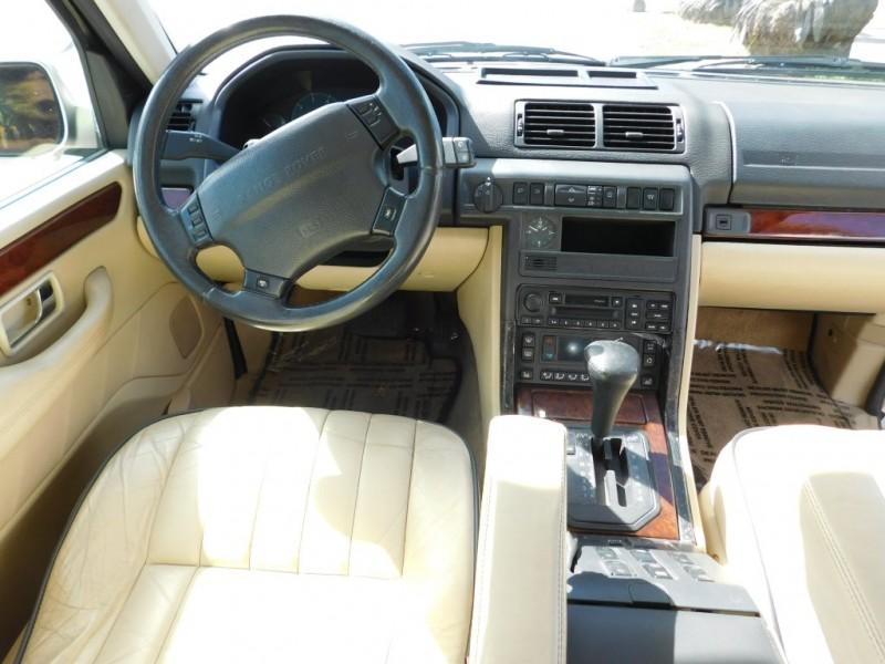 Land Rover Range Rover 2000 price $5,995