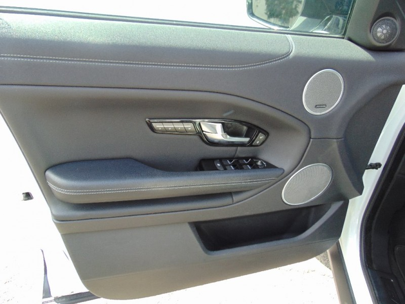 Land Rover Evoque 2016 price $31,995