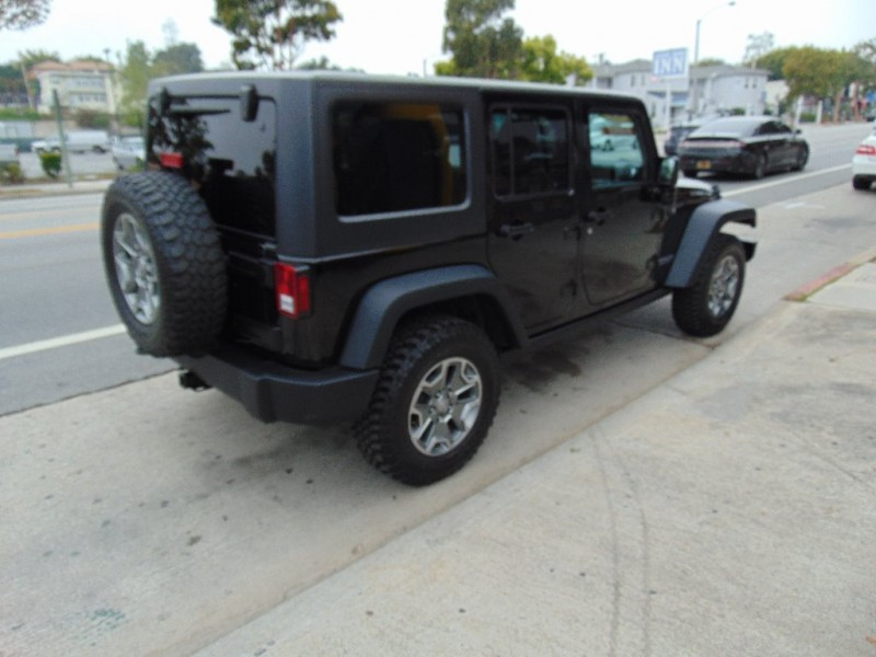 Jeep Wrangler Unlimited 2015 price $33,995