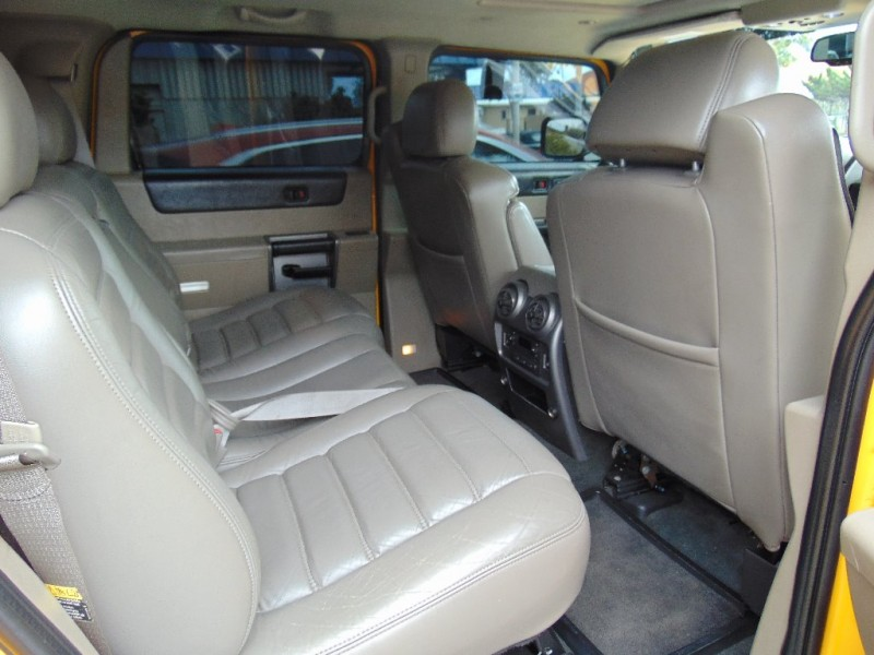 Hummer H2 2003 price $14,995