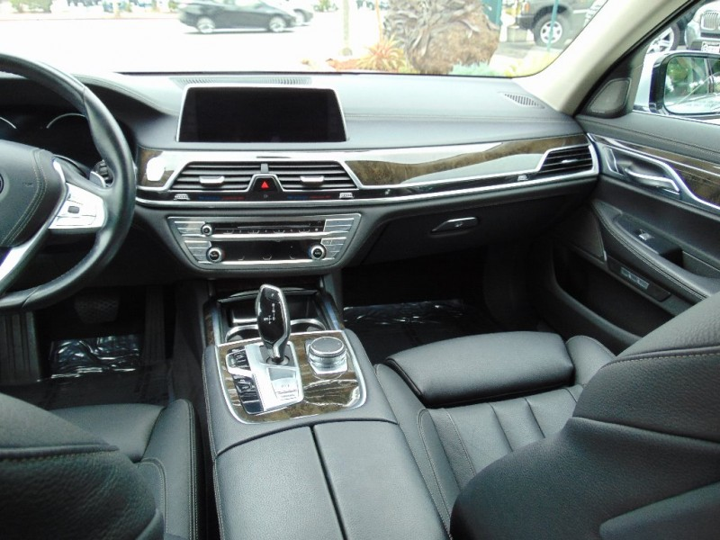 BMW 7-Series 2016 price $34,995