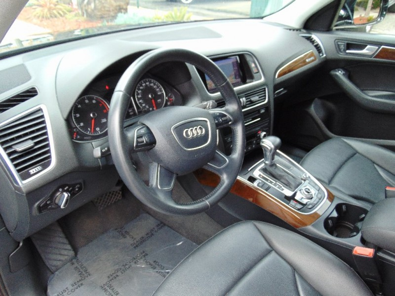Audi Q5 2015 price $21,995