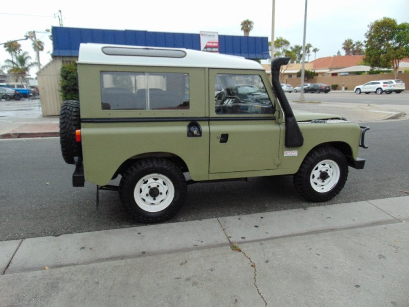 Land Rover Defender 1988 price $22,995