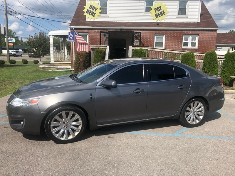 Lincoln MKS 2011 price $12,900