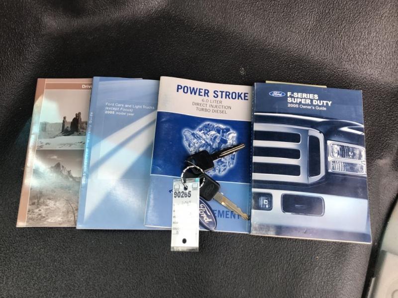 Ford Super Duty F-350 DRW 2005 price $11,995 Cash