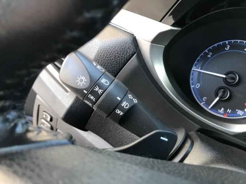 Toyota Corolla 2016 price $11,995