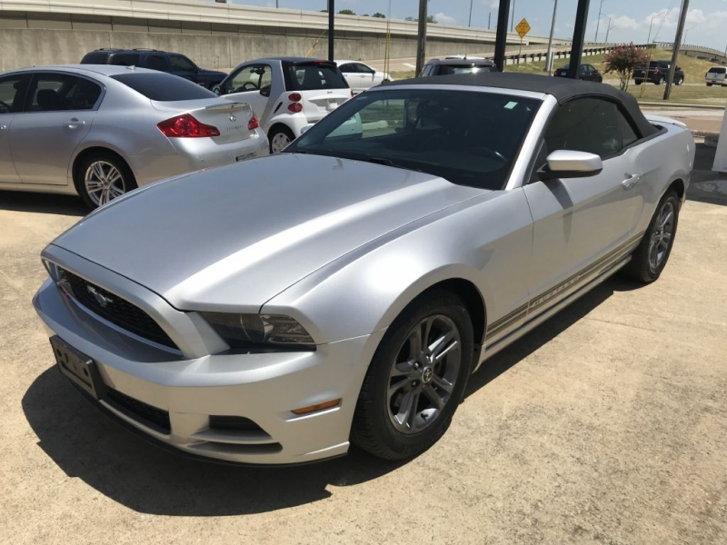 Ford Mustang 2014 price $14,500