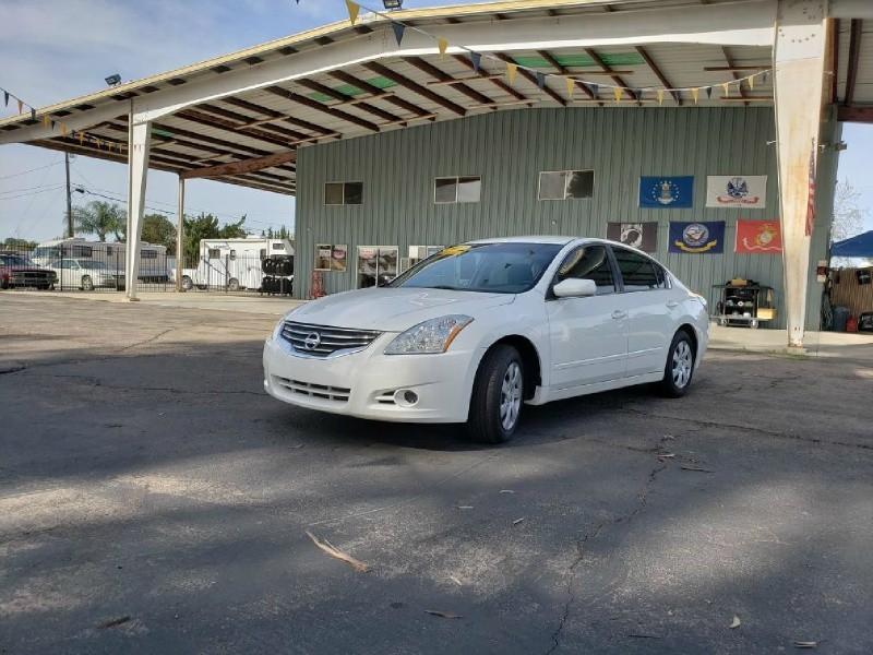 Nissan Altima 2012 price $7,999