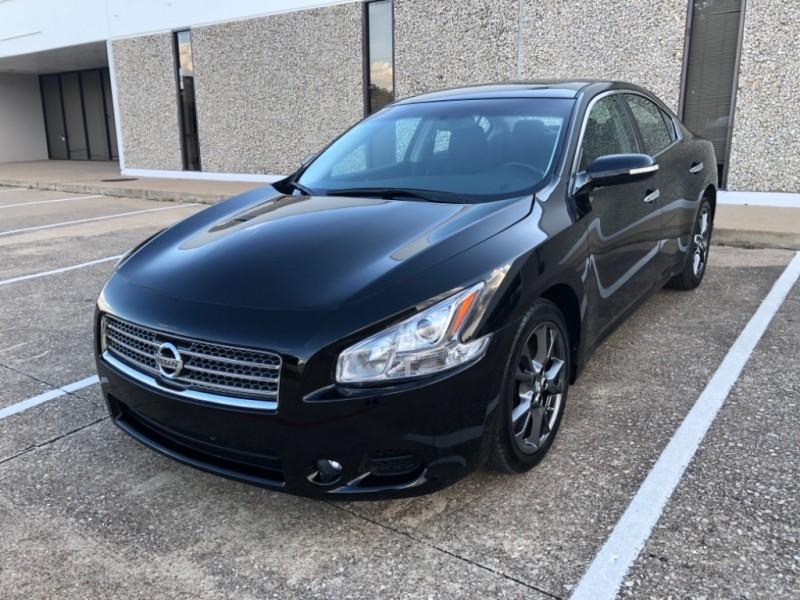 Nissan Maxima 2014 price $9,499