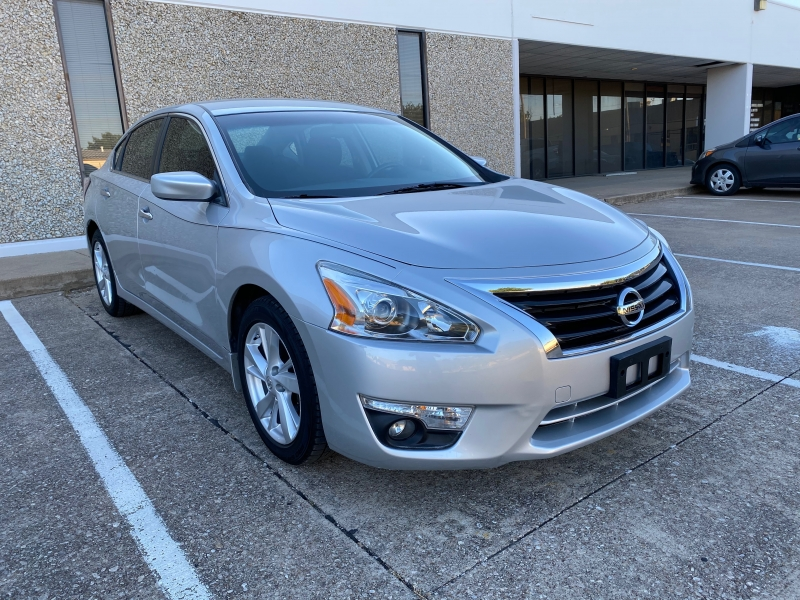 Nissan Altima 2015 price $10,499