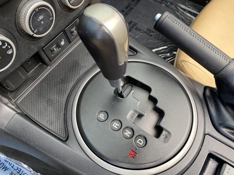 Mazda MX-5 Miata 2011 price $8,998