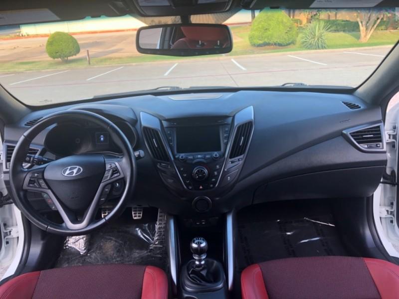 Hyundai Veloster 2016 price $12,499