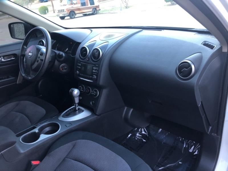 Nissan Rogue 2012 price $7,999
