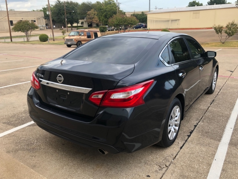 Nissan Altima 2016 price $8,499