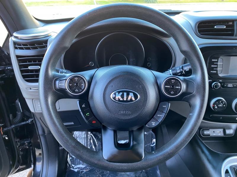 Kia Soul 2016 price $9,999