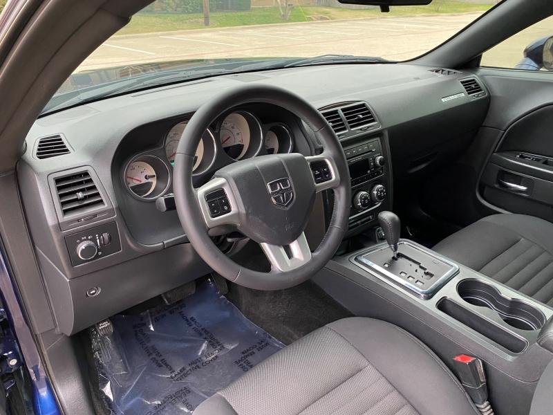 Dodge Challenger 2014 price $11,899