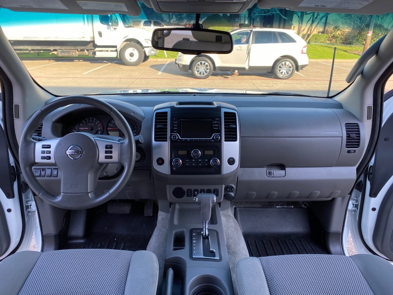 Nissan Frontier 2018 price $17,999