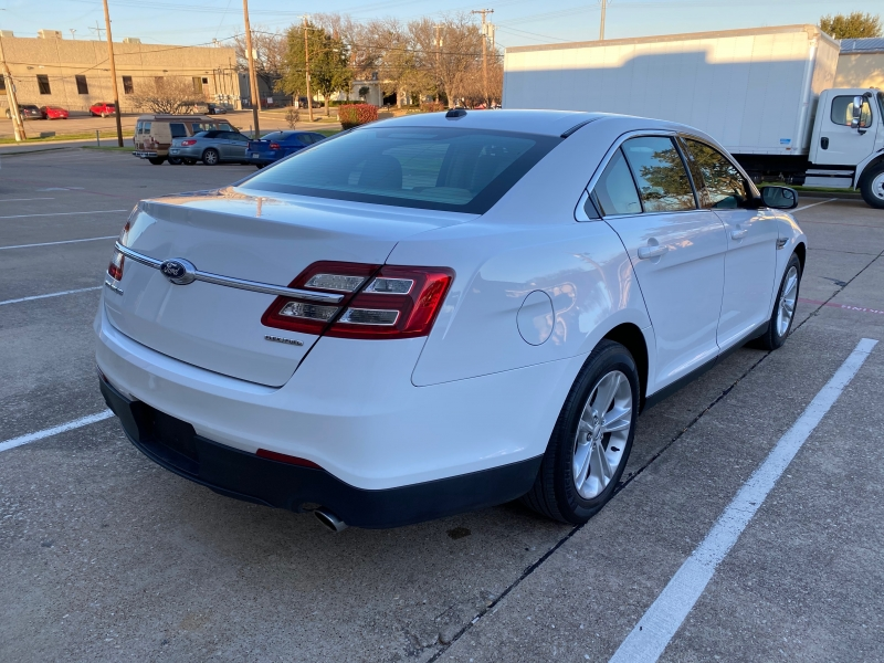 Ford Taurus 2017 price $10,999