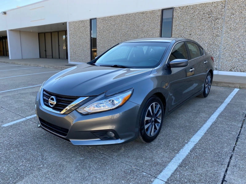 Nissan Altima 2017 price $12,999