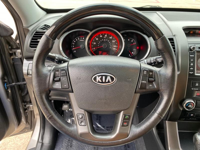 Kia Sorento 2013 price $11,999