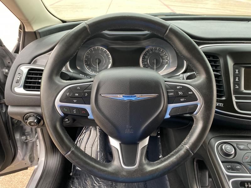Chrysler 200 2015 price $9,999