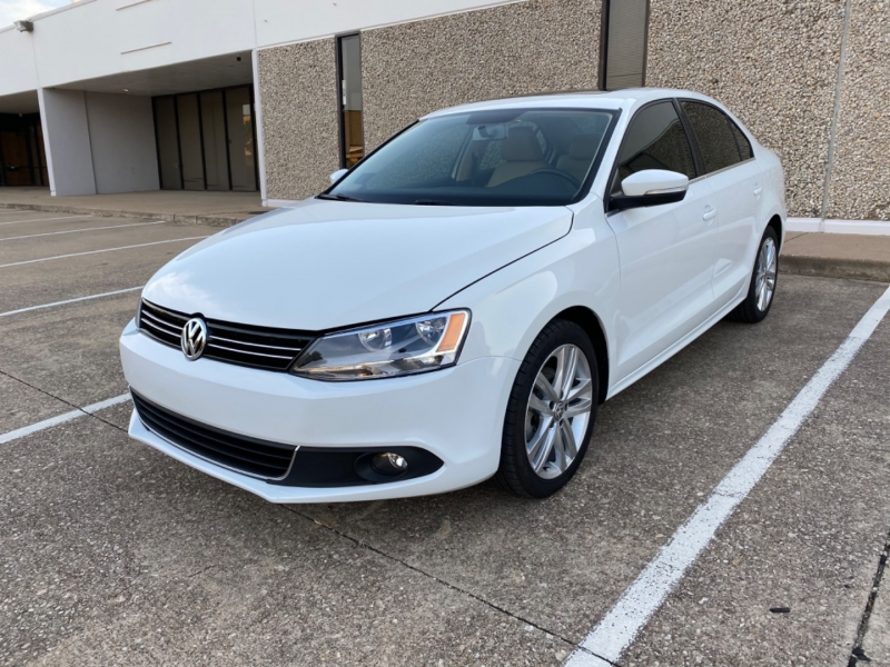 Volkswagen Jetta Sedan 2015 price $11,998
