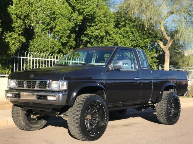 1993 Nissan Trucks 4WD