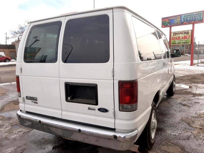 Ford Econoline Wagon 2009 price $6,990