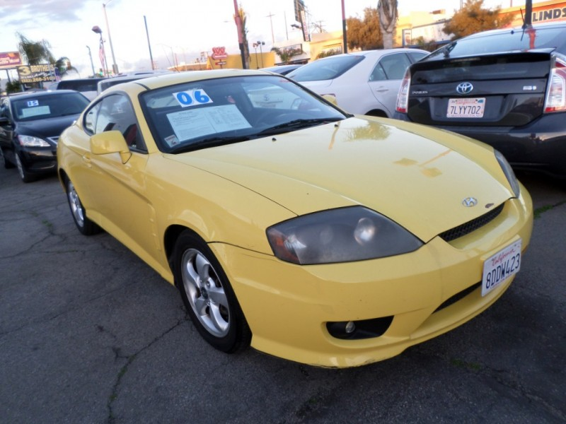 2006 Hyundai Tiburon  GS I4 5-Spd Manual