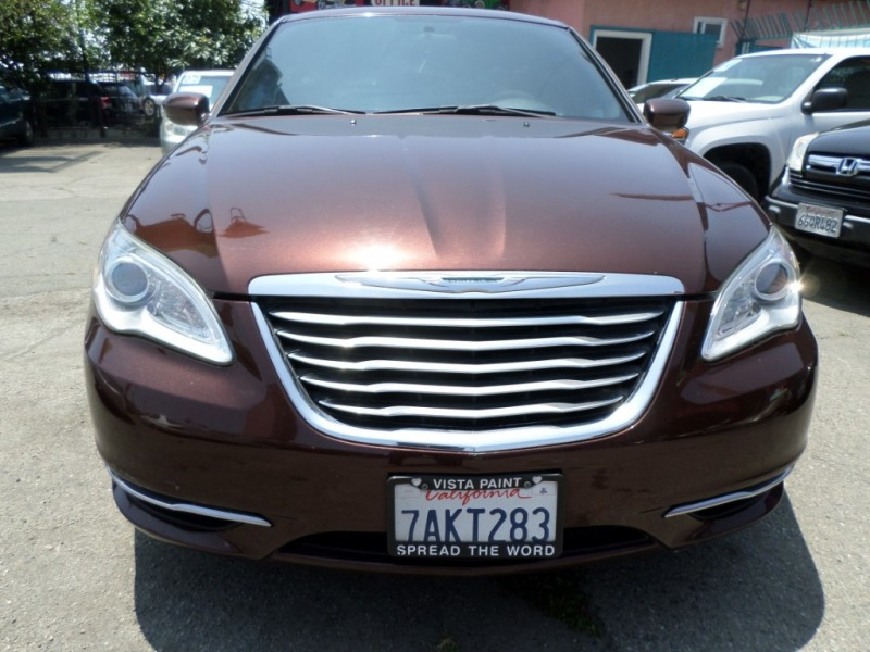 Chrysler 200 2013 price $6,950