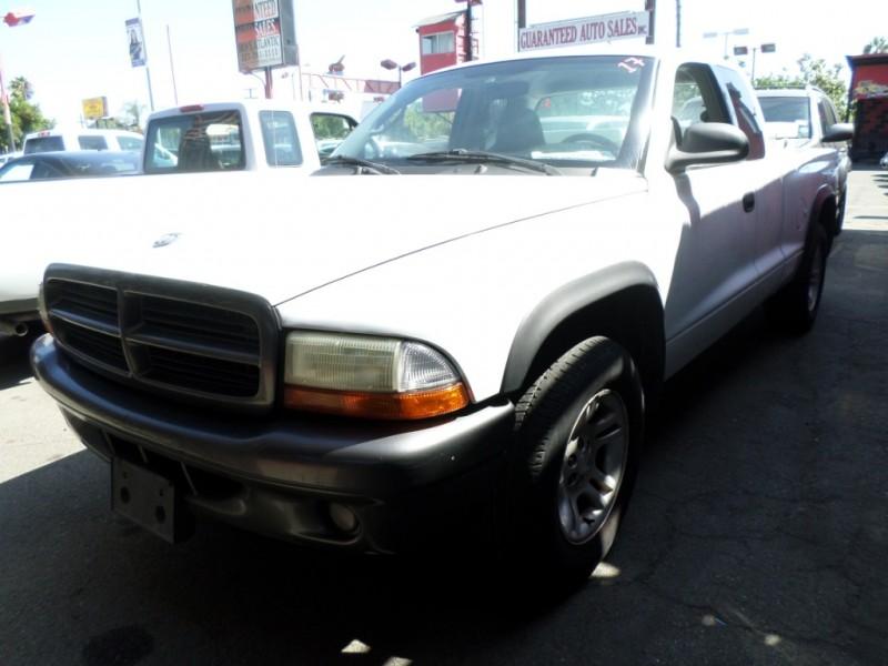 Dodge Dakota 2002 price $5,950