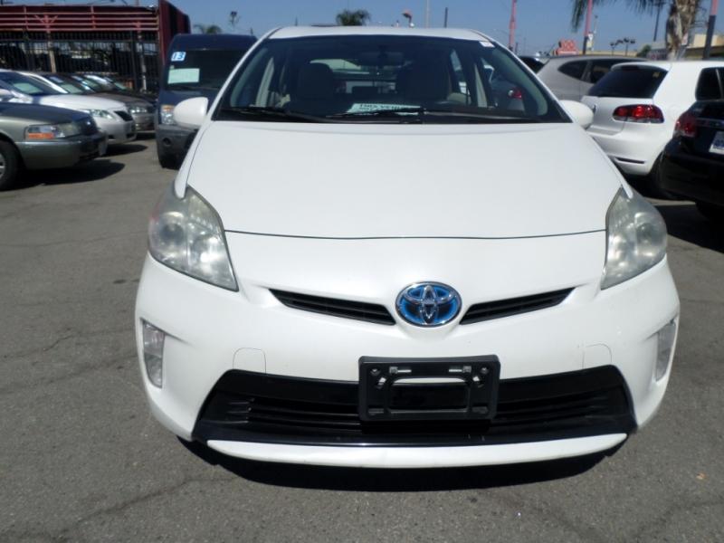 Toyota Prius 2012 price $9,950